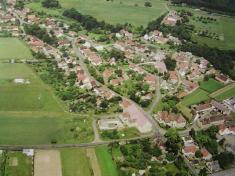 Letecký pohled naSvojetín (od východu)