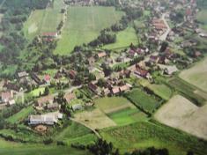 Letecký pohled naSvojetín (od západu)