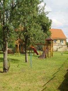 Dětské hřiště vmateřské škole